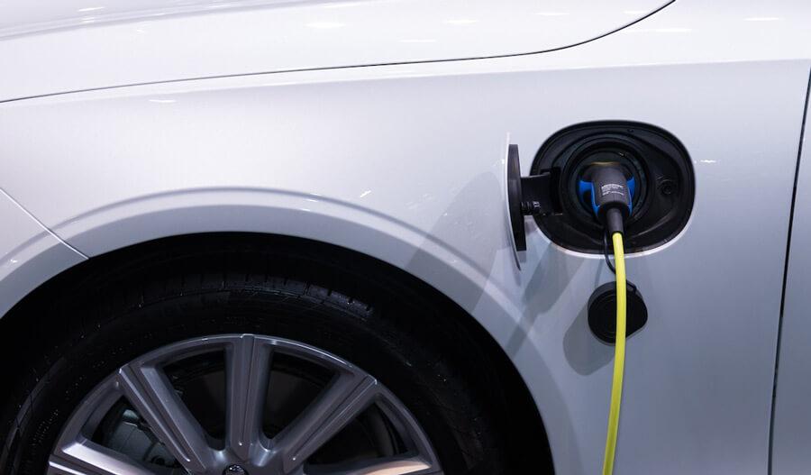 שוקלים לרכוש רכב חשמלי? הנה כל היתרונות
