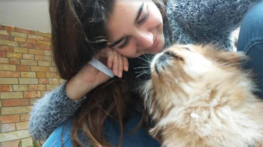 החבר הכי טוב שלי | אריאל ולילי, כלבת הפקינז