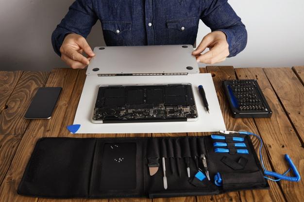 איך לבחור מעבדה עבור תיקון מחשבי אפל